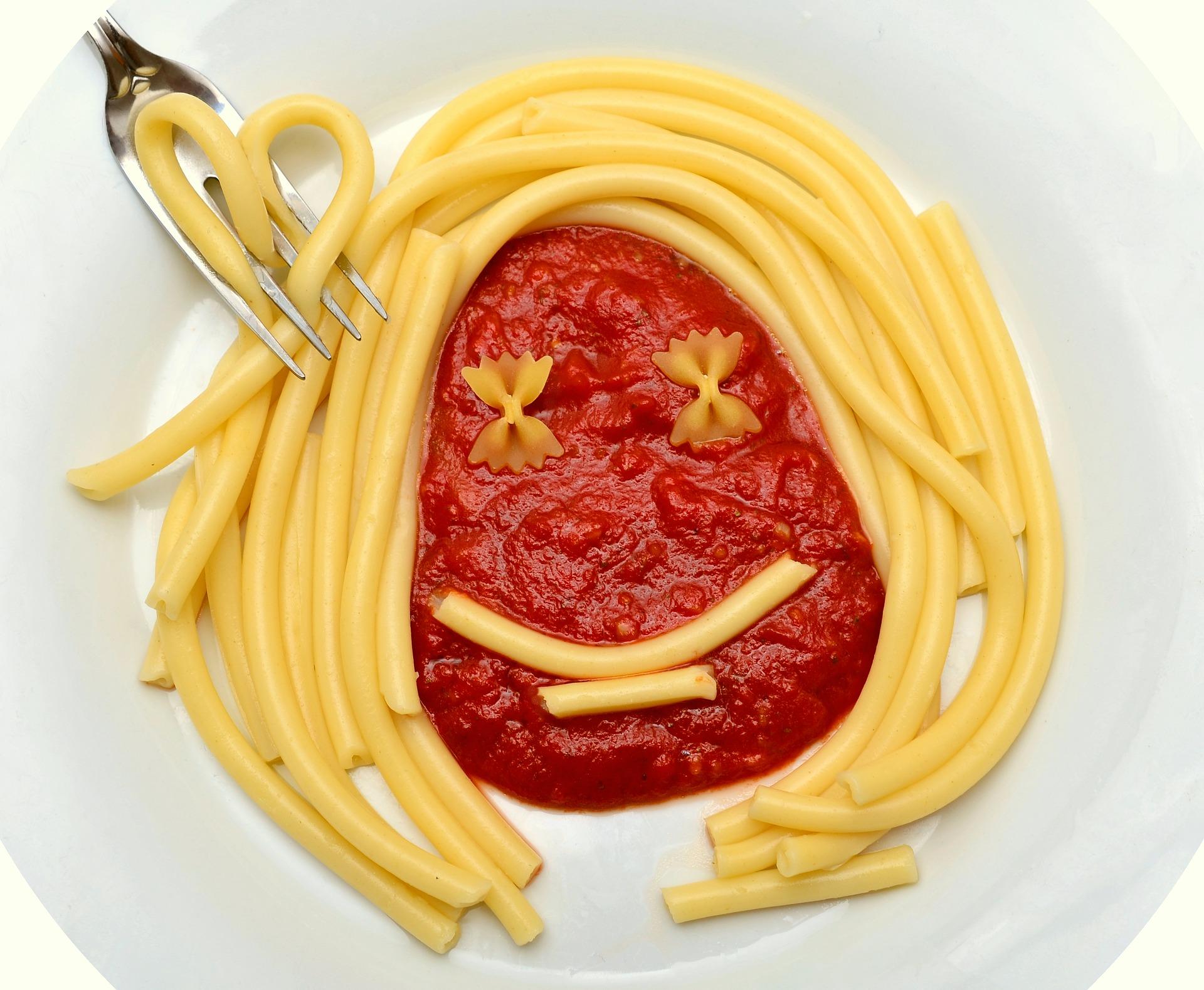 macaroni-2863299_1920